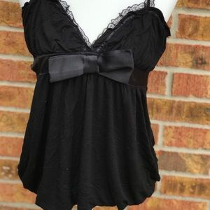 Tops - Black Large Top Adorned With Bow!🎀